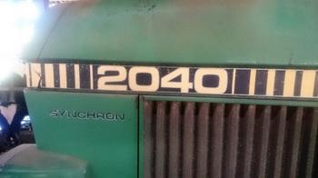 JOHN DEER 2040 (6).JPG